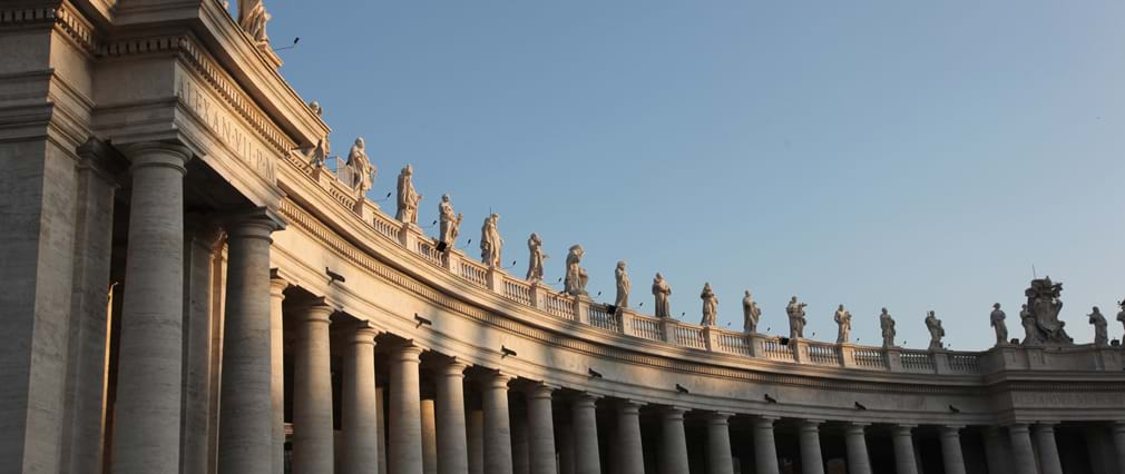 Vatican Tour with Sistine Chapel & St. Peter's Basilica