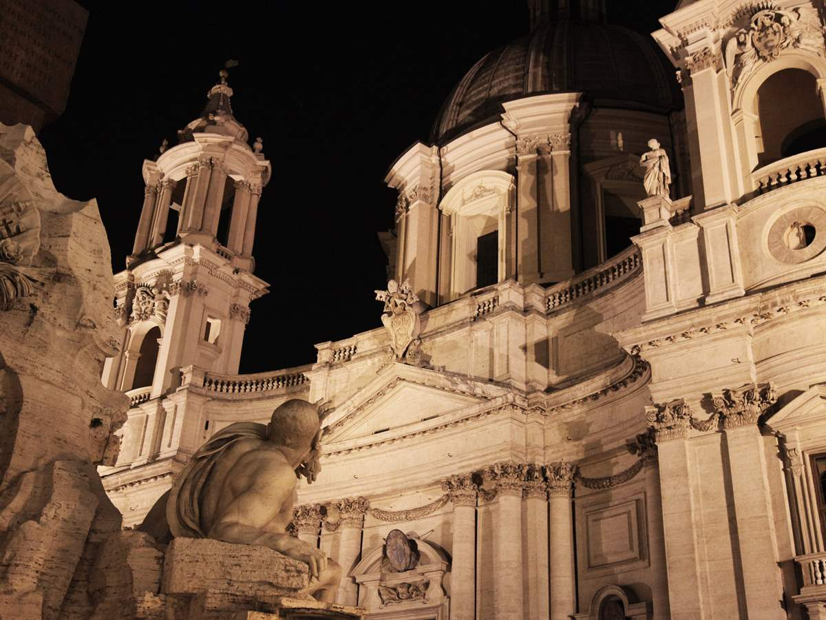 Best of Rome Evening Walking Tour with Wine and Appetizers