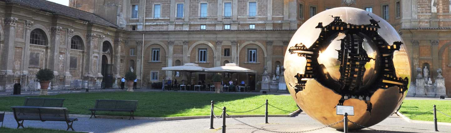 VIP Early Breakfast inside the Vatican Museums with Sistine Chapel and St. Peters Basilica