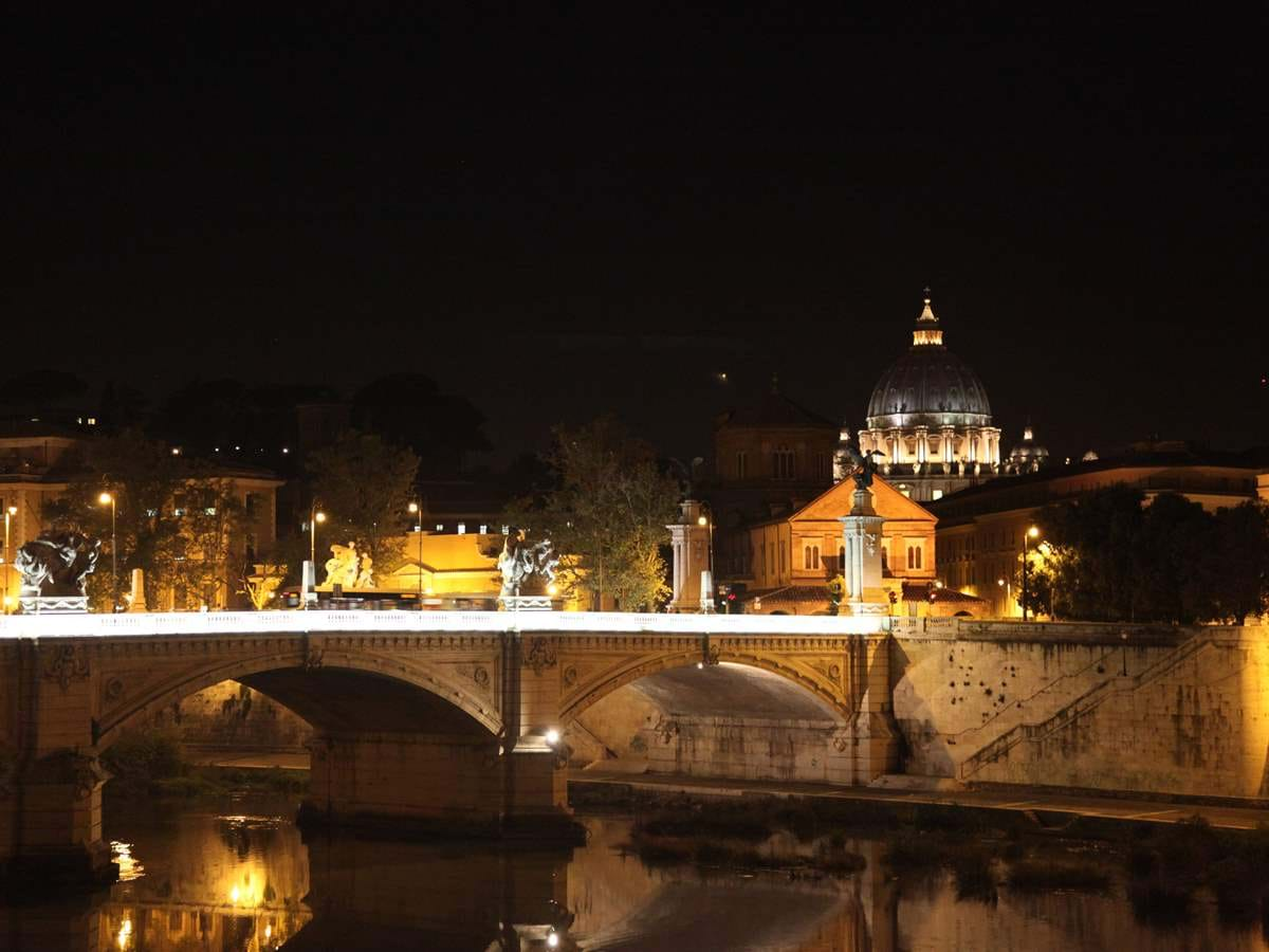 Private Ghosts, Mysteries and Legends of Rome Night Walking Tour
