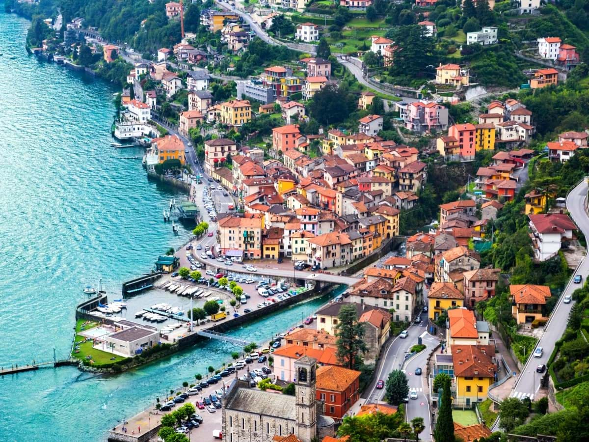 Full Day Two Countries: Lake Como Tours from Milan with Bellagio and Lugano Switzerland