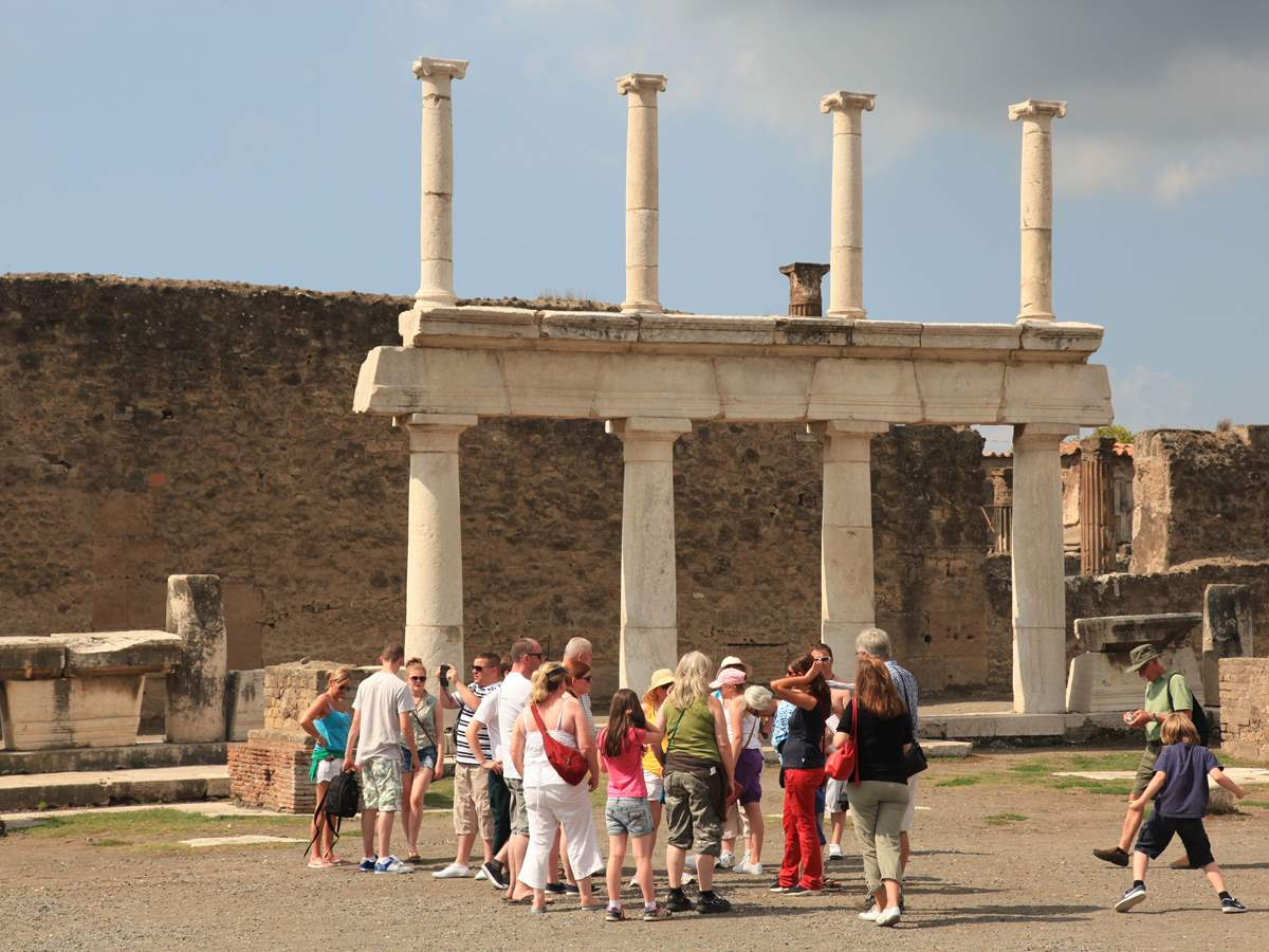 Pompeii Express Tour from Rome via High-Speed Train