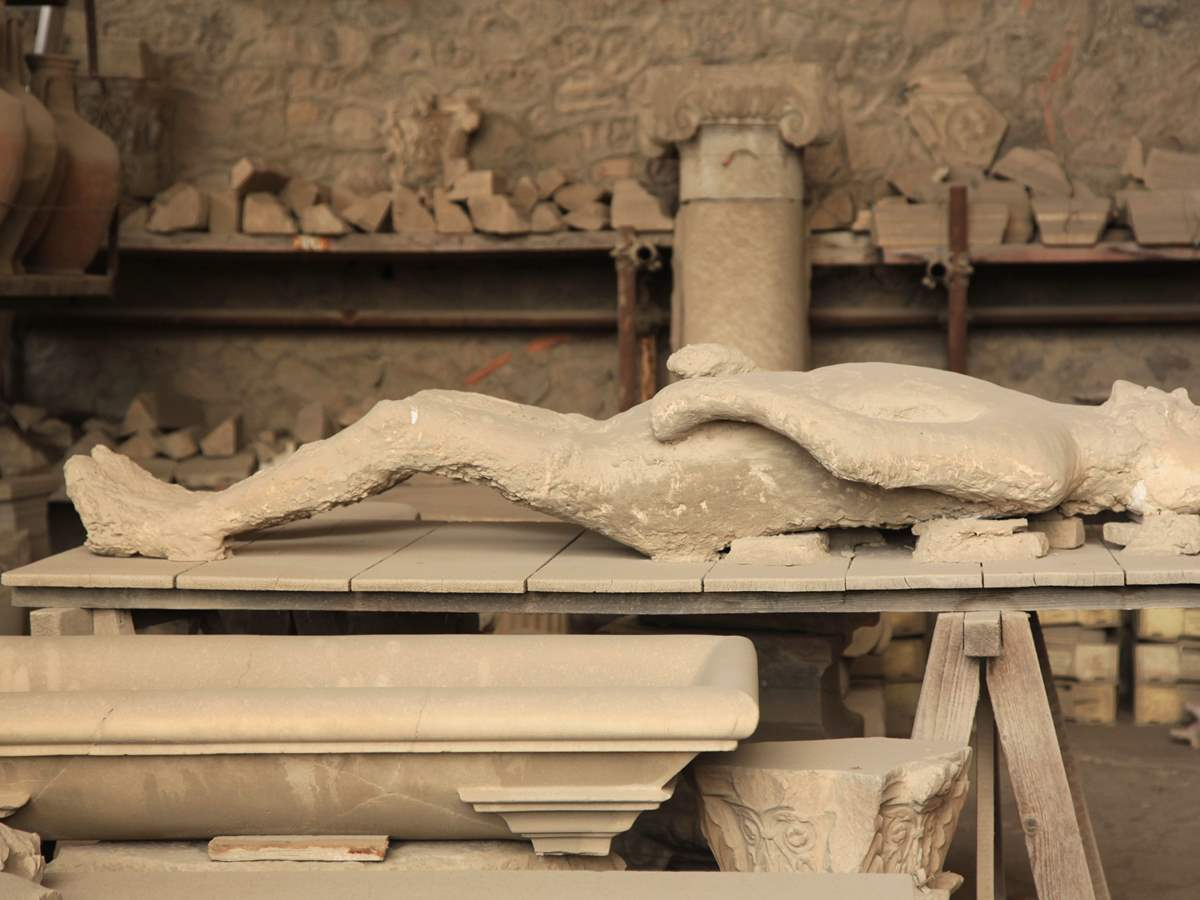 Pompeii Express Tour from Rome via High-Speed Train