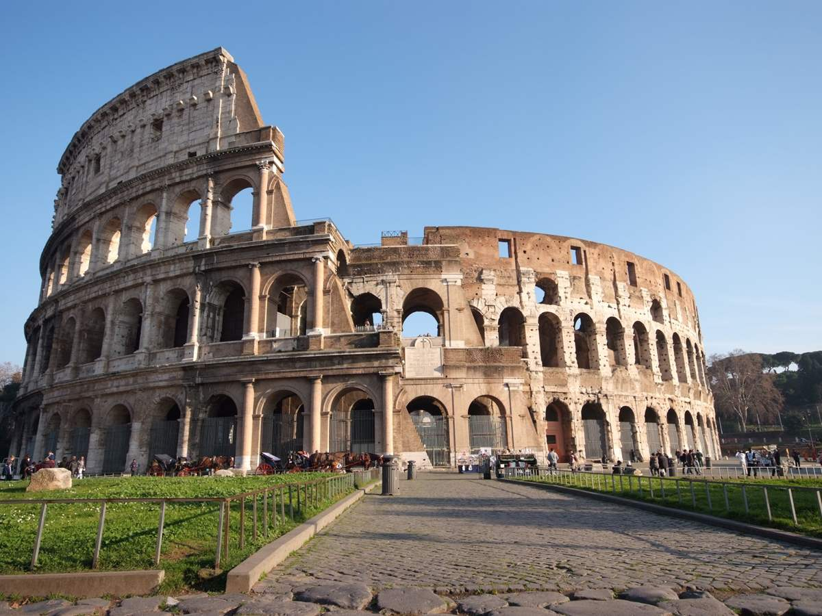 Extended Ancient Rome Tour - Colosseum, Forum and Palatine Hill with Home of Caesar Augustus