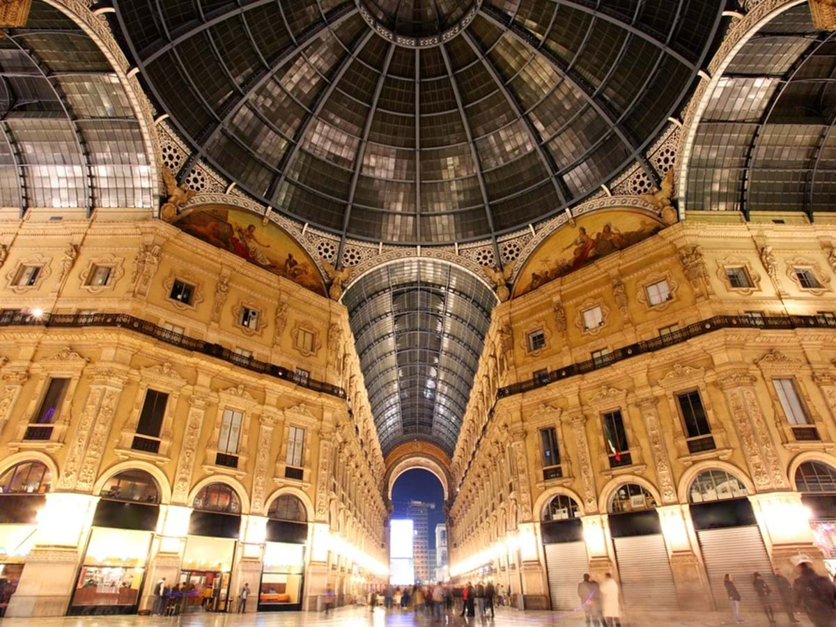 Two Cities in One Day: Turin Express and Best of Milan by Night Combo