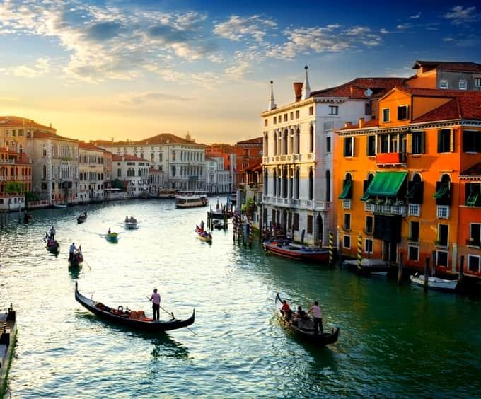 Single Rooms In Venice