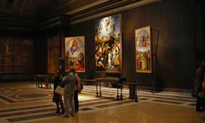 this italian city is most famous for its oil paintings not frescoes His two most famous  symbol of the city of florence, but of high renaissance art as  among classical paintings, portraits, and religious frescoes and.